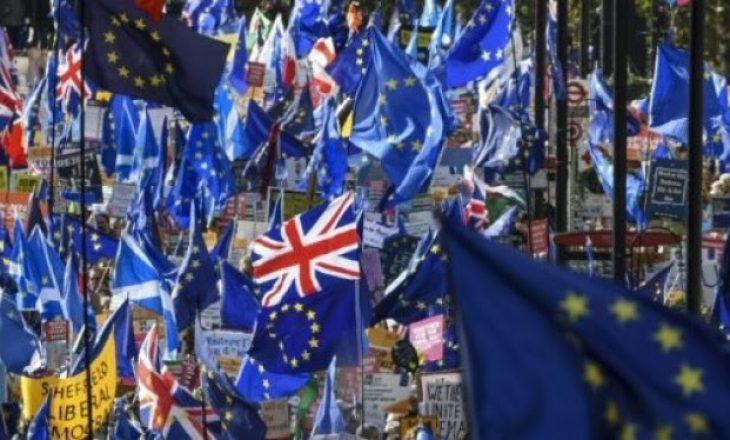 Johnson: Britania të dalë nga BE më 31 tetor pavarësisht kërkesës për shtyrje