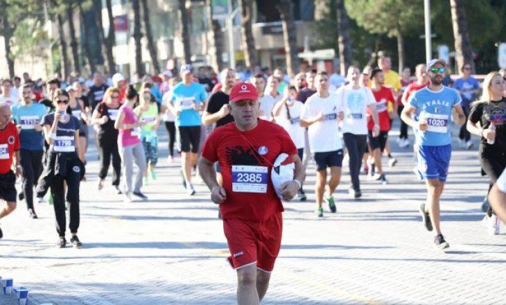 Para 8 vitesh mbahej Maratona e parë ndërkombëtare në Shqipëri