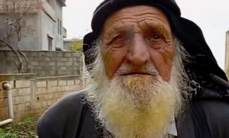 """125 vjeçari i """"pavdekshëm"""" që pi cigare tash e tetë dekada"""