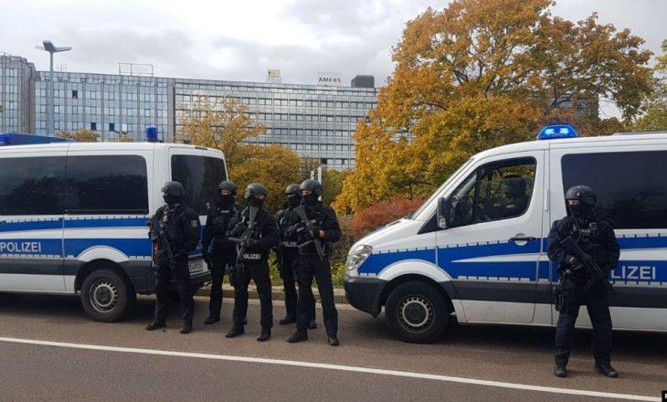 Gjermania arreston tre të dyshuar për mbështetje të IS-it