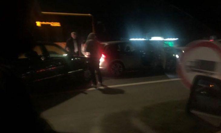 Gjashtë persona dërgohen në spital pas aksidentit në rrugën Prishtinë – Pejë