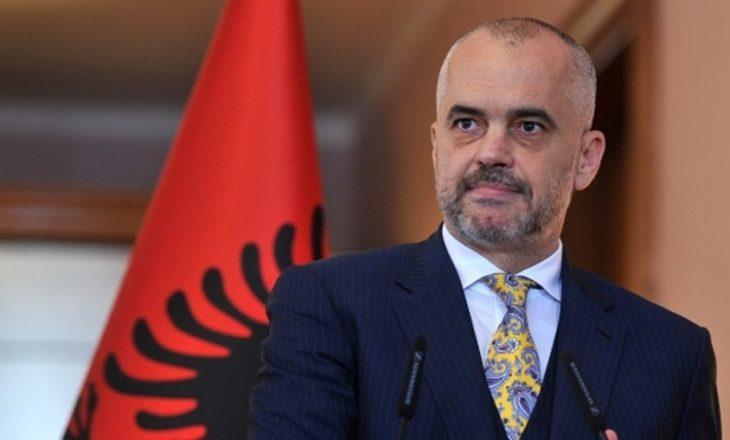 """""""Për hir të 'vëllazërisë' me Serbinë, Rama i gatshëm të heqë dorë edhe nga njohja e Kosovës"""""""