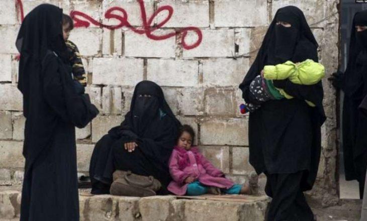 """""""Kemi ftohtë në çadra, burrat s'e dimë ku janë"""", gratë shqiptare në Siri thirrje qeverisë"""