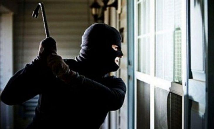 Arrestohen 5 persona për vjedhjen e 36 mijë eurove në Ferizaj