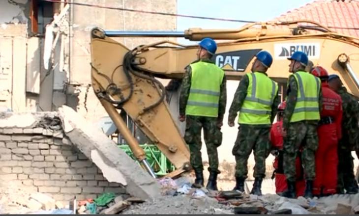"""Kjo është shuma që policët u detyruan"""" të paguajnë për tërmetin shkatërrues"""