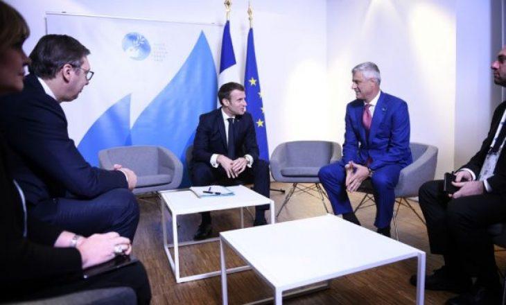 Vuçiq i tregon Thaçit numrin e shteteve që do ta heqin njohjen e Kosovës
