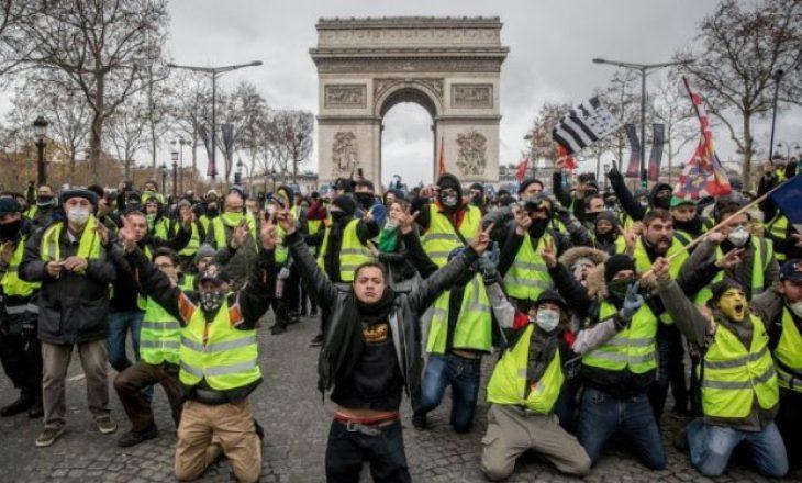 Një vit nga fillimi i protestave të jelekverdhëve