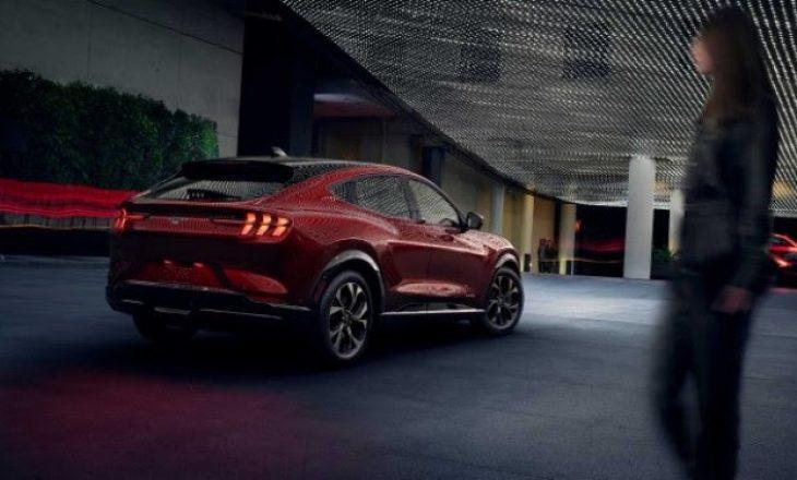 Debuton Mustang elektrik
