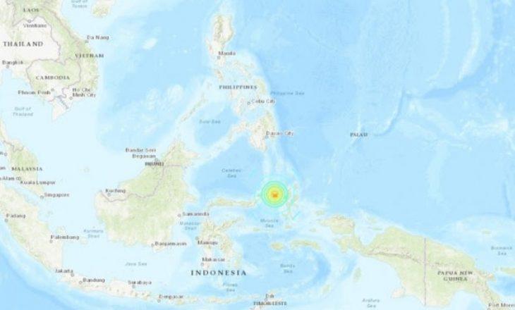 Tërmet i fortë godet Indonezinë, lëshohet alarm për cunami