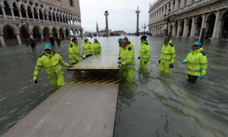 Venecia zhytet nën ujë