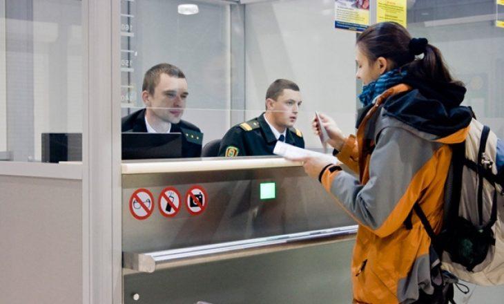 Në Rusi kush nuk e paguan alimentacionin apo dënimin e trafikut nuk mund të del nga shteti