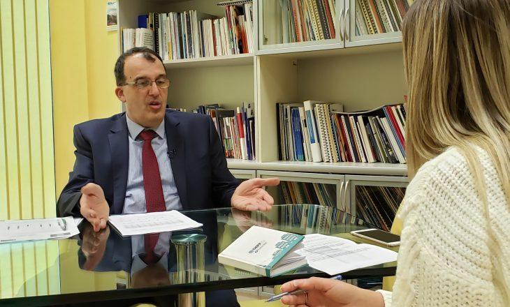 Pse dështoi Kosova sërish në PISA? – flet njohësi i arsimit