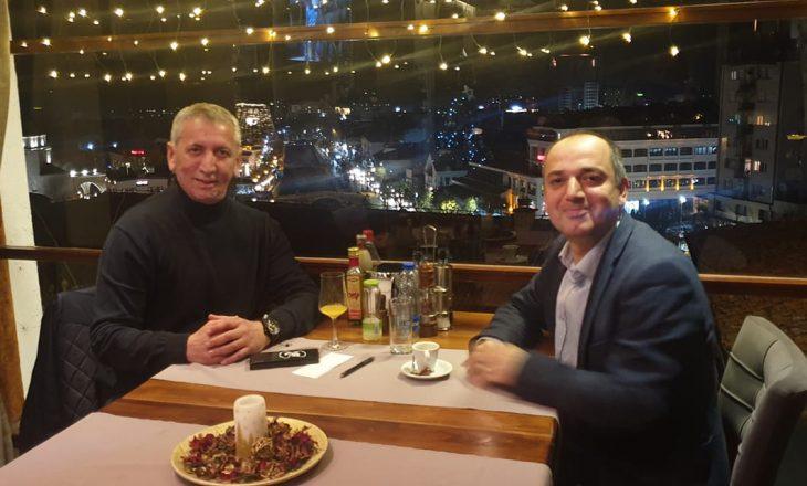 """Zyrtarë të LDK-së dhe VV-së, dërgojnë """"selam"""" nga Prizreni për Kurtin dhe Mustafën"""