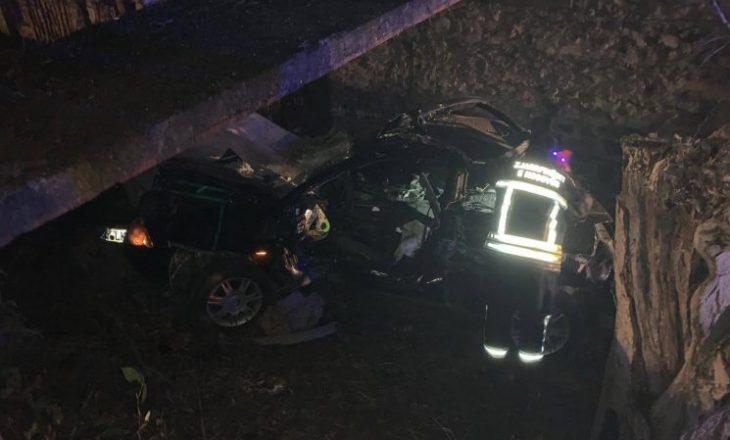 Ky është 21-vjeçari që vdiq mbrëmë në aksidentin e tmerrshëm në Deçan