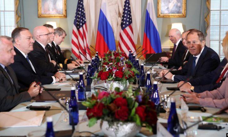 Trump dhe Pompeo takohen me ministrin e jashtëm rus Lavrov