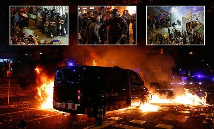 Pamje të reja nga protesta në Barcelonë, shumë të lënduar