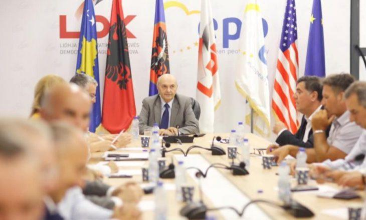 Isa Mustafa mbledhë në takim deputetët e rinj të LDK-së