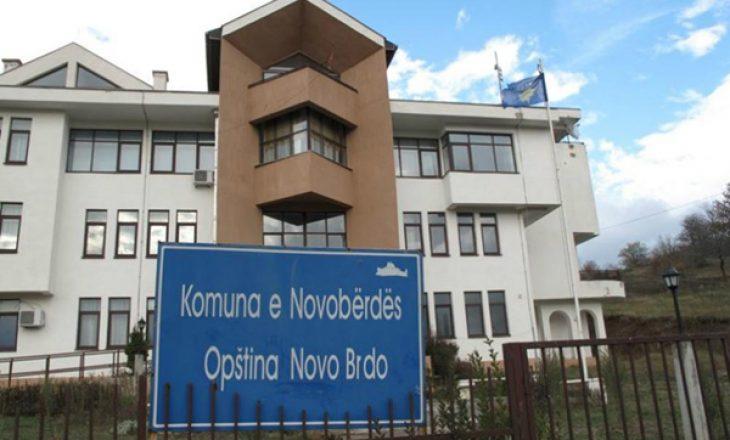 Protestë para komunës në Novobërdë