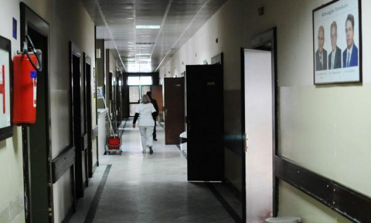 """""""Kosova e varfër por e pasur me rini"""": Të rinjtë në shënjestër të spitaleve gjermane"""