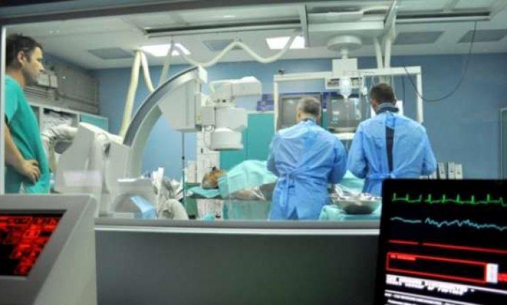 Ministri, sekretari e mbi 40 mjekë- si u përfshi sistemi i shëndetësisë në ryshfet masiv?