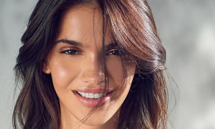 """Opsioni më i mirë dhe më i lehtë për t'i dhënë kuptim buzëqeshjes – """"Hollywood Smile"""""""