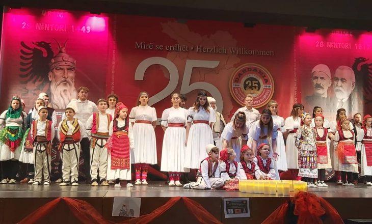 Në Winterthur të Zvicrës shënohen festat e nëntorit me dedikim për tragjedinë në Shqipëri