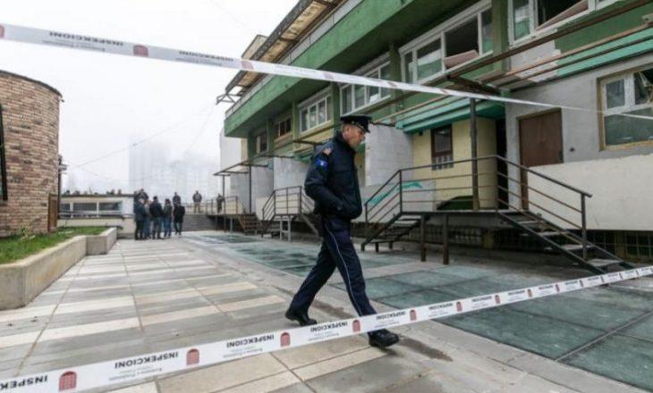 Komuna e Prishtinës rrënon muret pa leje në lagjen Dardania