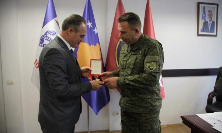 """FSK-së i jepet """"Medalja e Artë për Vlerësim Profesional"""" e ndarë nga Shqipëria"""