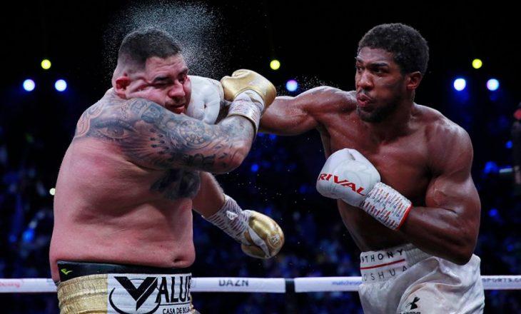 Joshua rikthen titullin e botës në boks