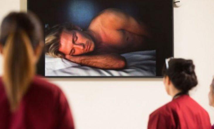 Video e David Beckham duke fjetur vendoset në murin e maternitetit ku lindi ish-futbollisti