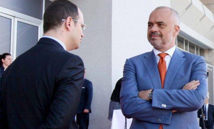 Deputeti shqiptar që nuk votoi ligjin anti-shpifje që censuron mediat