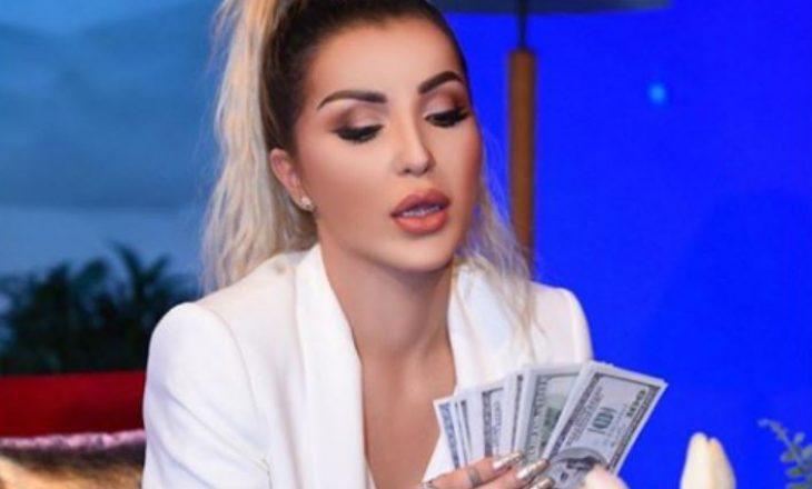"""""""Na more fytyrën"""" – Roza Lati vendos t'i kthejë borxhin gazetarit në mes të emisionit"""