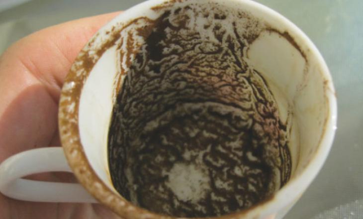 Ja çfarë mund të bëni me atë që ngel pasi pini kafen