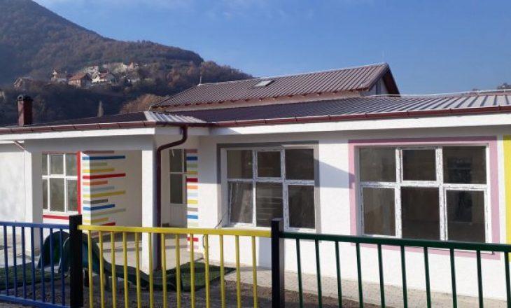 Komuna jep 150 mijë euro për ndërtimin e çerdhes, mbyllet sepse ministria nuk siguron punëtorë