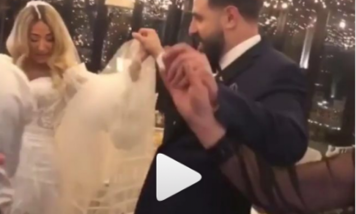 Pamje brenda dasmës së MC Kreshës – Shikoni si vallëzon në valle