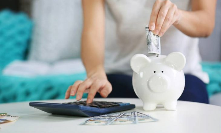 10 këshilla si të shpenzoni më pak