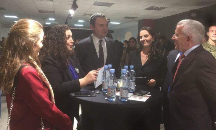 Vjosa Osmani shpërfill kritikën publike të Agim Veliut, takohet sërish me Albin Kurtin