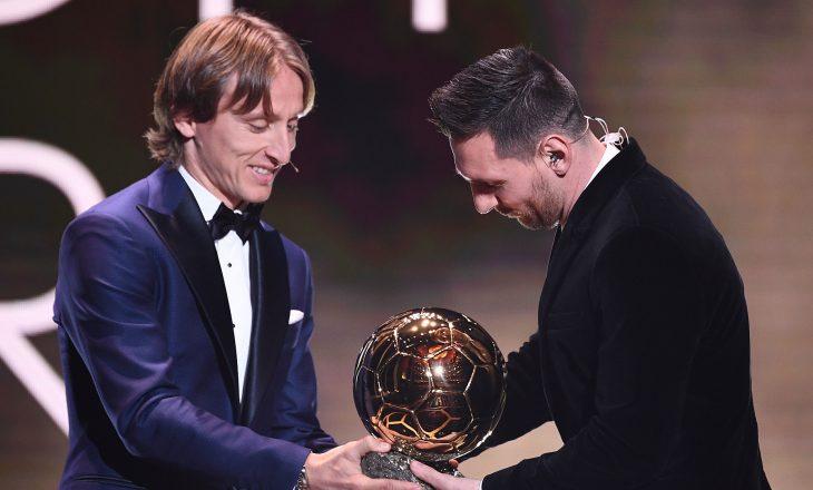 Këto janë fjalët që Modrici i tha Messit kur ia dorëzoi Topin e Artë