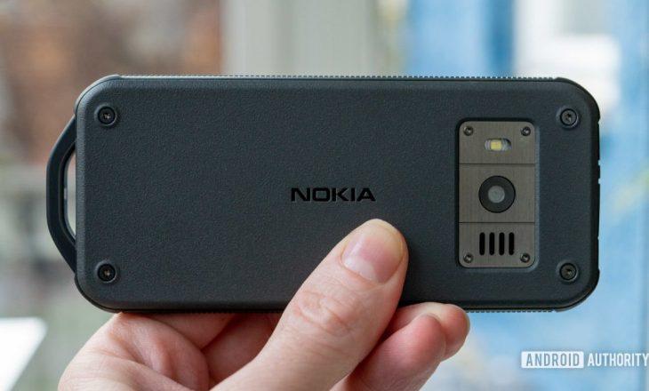 Rikthehet Nokia, prodhon telefonin e pashkatërrueshëm – Bateria mban 1 muaj