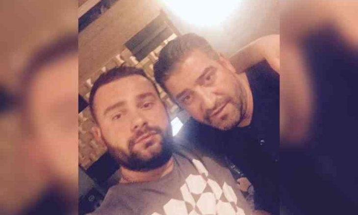 Kush është producenti shqiptar që prodhoi hitet e Sinan Vllasaliut dhe Medës?