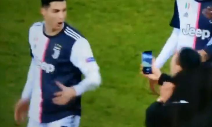 """Ronaldo """"kapet"""" me tifozin pas ndeshjes [Video]"""