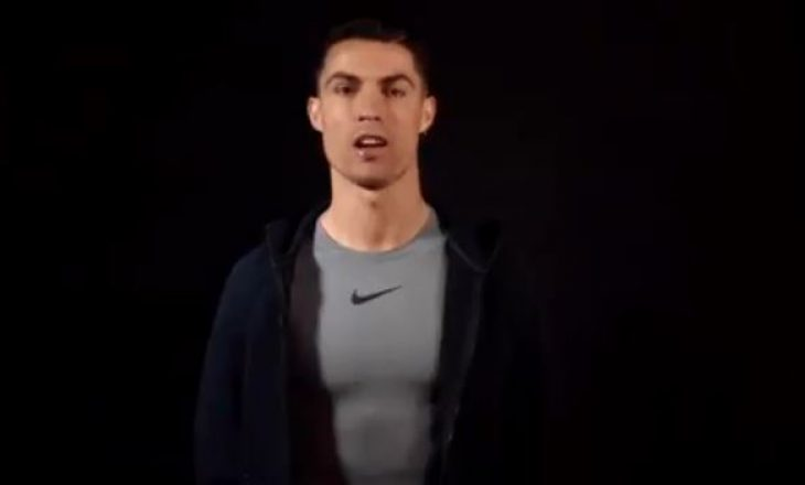 Ronaldo ka një mesazh për Joshuan para meçit me Ruiz
