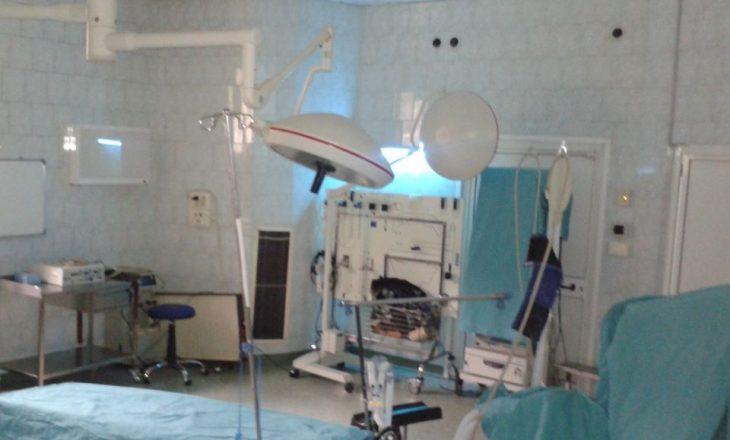 Për 24 orë në Spitalin e Pejës kryhen 17 operacione