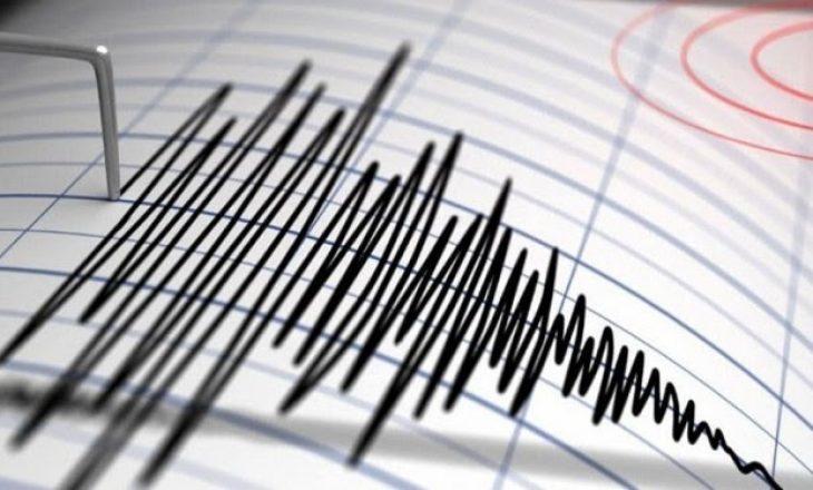 Tërmet në Itali, mbyllen shkollat dhe pezullohen trenat