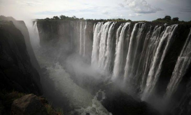 Ndodh për herë të parë në histori: Thahet ujëvara Victoria