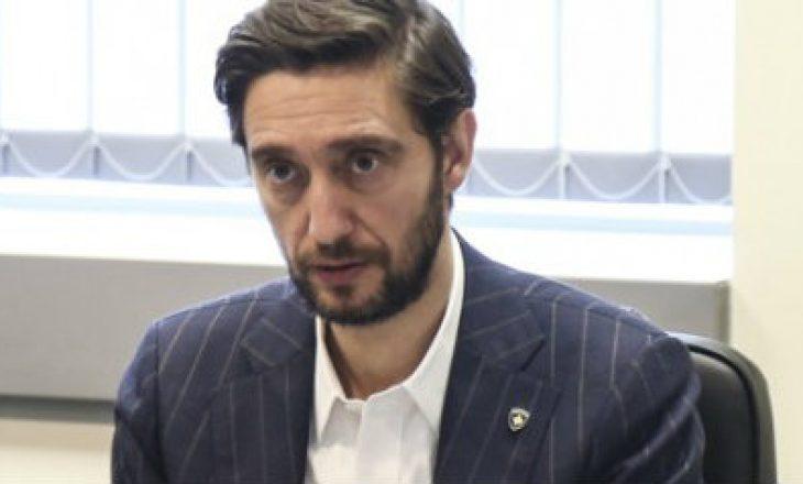 Uran Ismaili kritikon ashpër Qeverinë Hoti n lidhje me menaxhimin e pandemisë