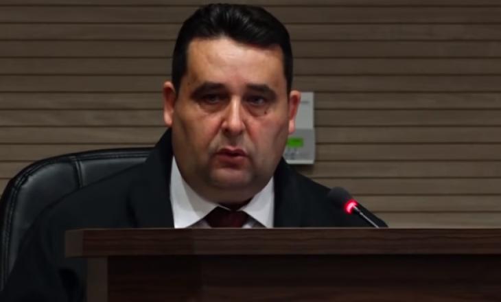 """Kush është Shasivar Hoti, gjyqtari që liroi të akuzuarit e aferës """"Pronto""""?  - Gazeta Online INSAJDERI"""