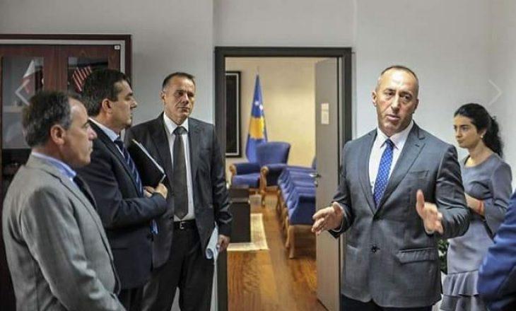 Reagon këshilltari i Haradinajt për padinë e Ramës: Nuk ka nevojë t'i ndihmohet Vuçiqit