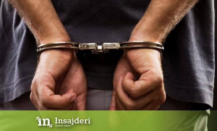 E kërcënonte duke i kërkuar para babait – arrestohet prishtinasi