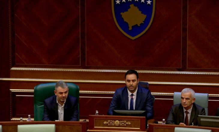 A do të jap dorëheqje Glauk Konjufca nga posti i kryeparlamentarit? – Flasin nga VV